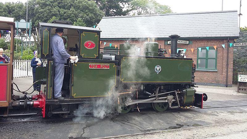 File:Tom Rolt - Tal-y-Llyn Railway (29029924486).jpg