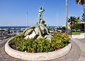 Torre a Mare ed il Monumento al Pescatore.jpg