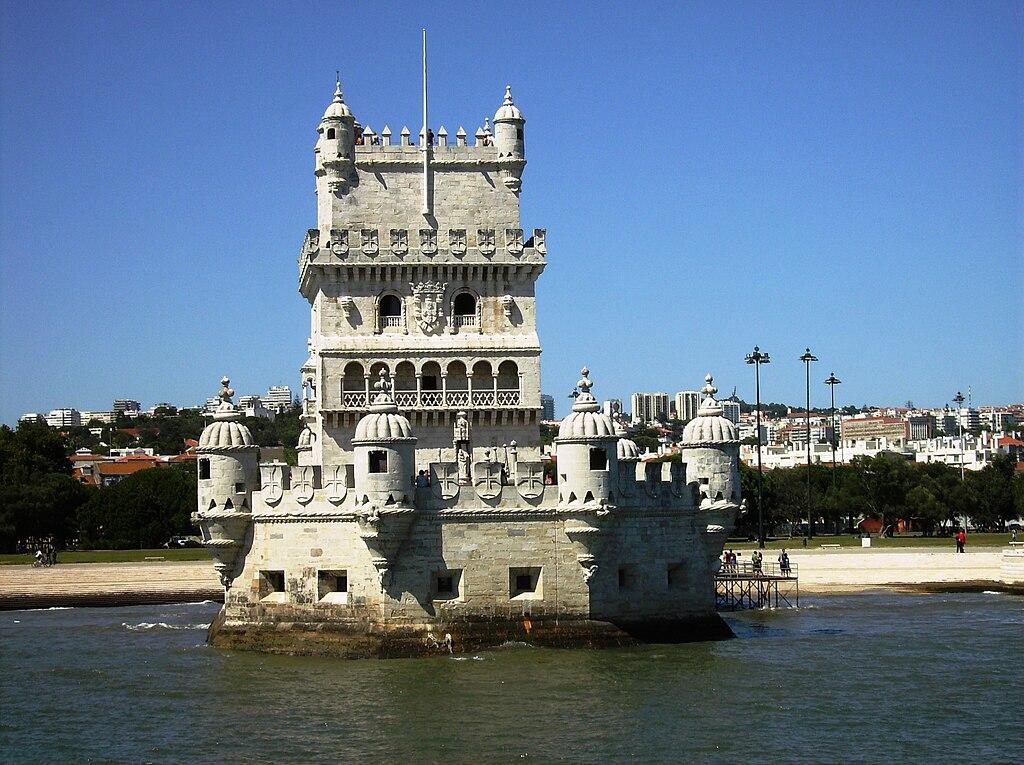 1024px-Torre_de_belem_vista_do_tejo.jpg