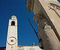 Torre del rellotge i columna d'Orlando de Dubrovnik.JPG