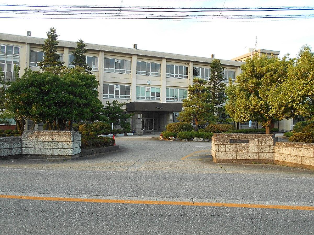 富山東高等学校