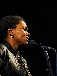 A cantaire estatounitense Tracy Chapman.