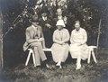 Tre herrar och två damer - SMV - MM 0051.tif