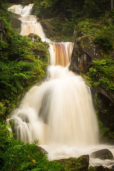 File:Triberger Wasserfälle (14852974092).jpg