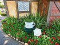 Twinings English Tea Garden (16938093912).jpg