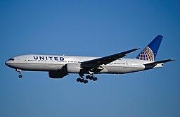 United Airlines - N776UA (8412749328)