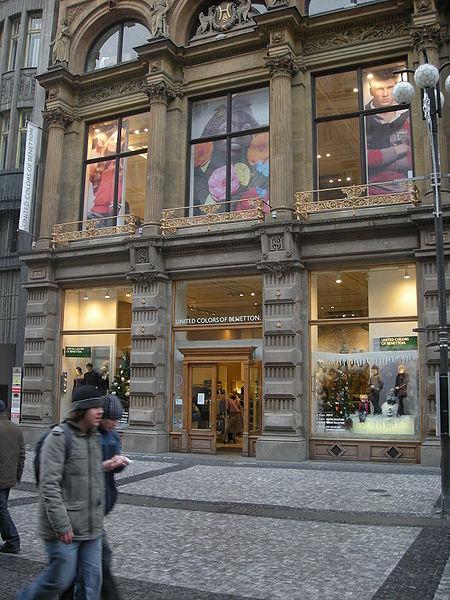 Soubor:United Colors of Benetton in Prague.jpg