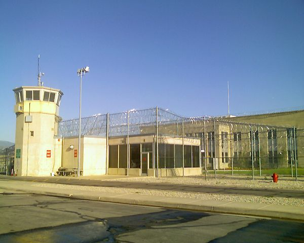 Utah State Prison By DR04DR04 at en.wikipedia [Public domain], from Wikimedia Commons
