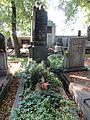 V. Jaro Stein-hrob, Hřbitov Libeň 16.jpg
