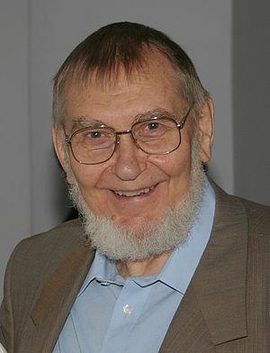 Veljo Tormis - Veljo Tormis in 2004.