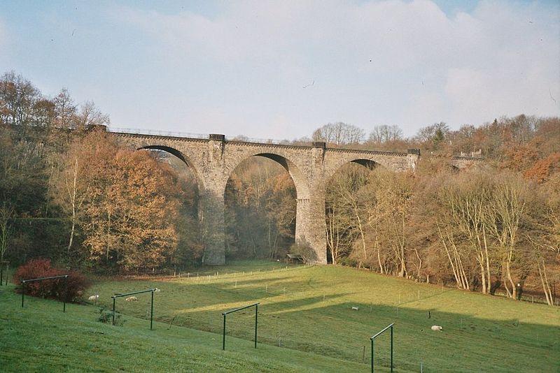 File:Viadukt Wengern.jpg