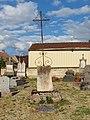 Villemer-FR-89-cimetière-calvaire-01.jpg