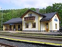Vlakove nadrazi Kouty nad Desou Zeleznice Desna.JPG