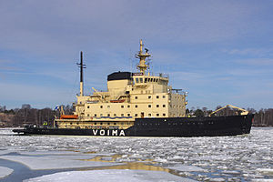 Voima (1952 icebreaker) - Voima leaving Helsinki on 5 April 2011