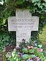 Walther Schönfeld Stadtfriedhof Tübingen.jpg