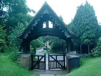 Walton-on-Trent - Image: Walton Lych Gate Sawn 206