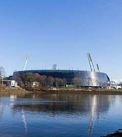 Stade de rené 4 trouvé par snoopie - Page 2 250px-Weserstadion-7790