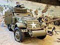 White M3A1 USA 40150421 HQ-12 pic3.JPG