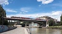 Wien 03 Verbindungsbahnbrücke a.jpg