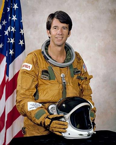 Astronaut Bill Lenoir, NASA photo (17 September 1979)Source: Wikipedia (www.jsc.nasa.gov unavailable March 2019) 384px-WilliamBLenoir.jpg
