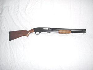 Mercado: Sección de Armas. - Página 3 300px-Winchester1200Def-1