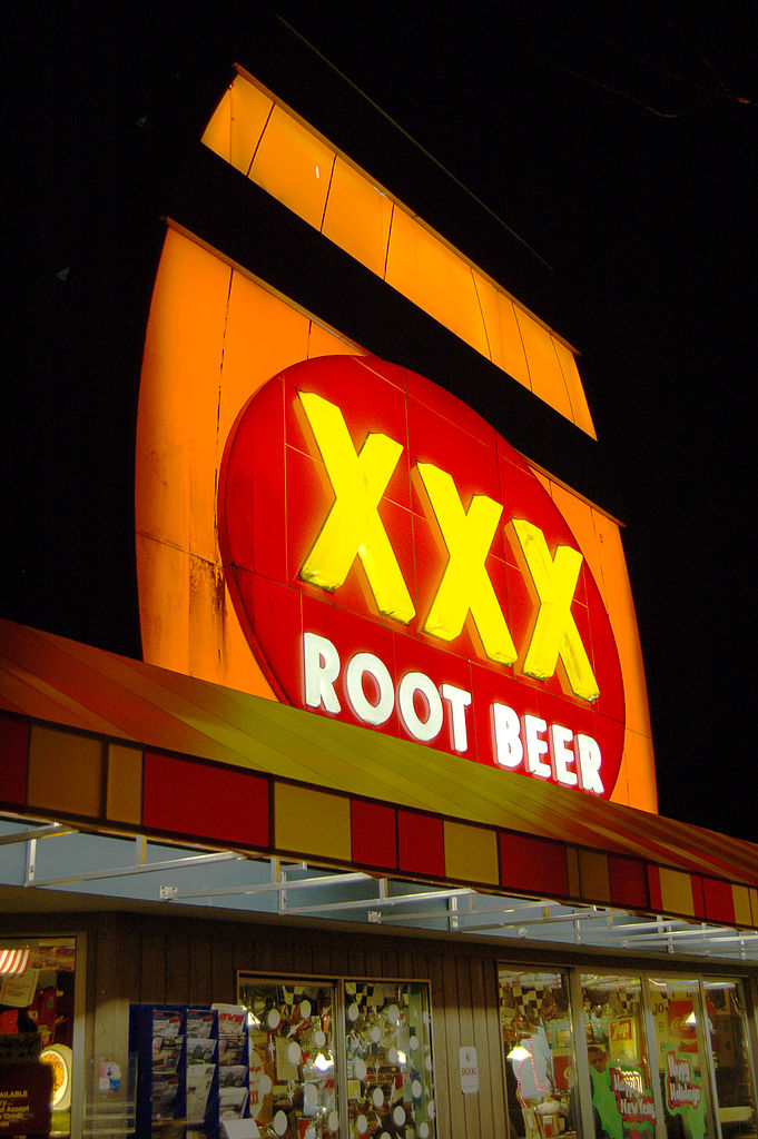 File X Root Beer Restaurant Issaquah Wa 2000px Jpg