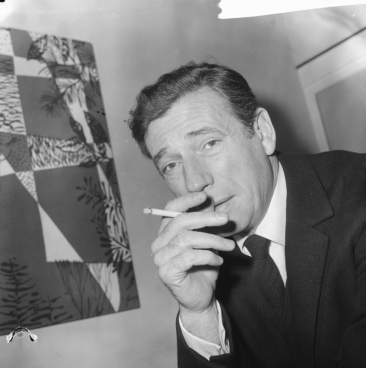 yves montand wikip dia. Black Bedroom Furniture Sets. Home Design Ideas