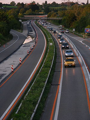 A1 motorway (Switzerland) - A1 in Zürich-Affoltern (July 2009)