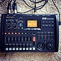 ZOOM R8 Multitrack Recorder, Sampler & Audio Interface.jpg