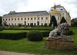 Zamek v Lyse nad Labem.jpg