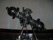 external image 180px-ZeissPlanetariumProjector_MontrealPlanetarium.jpg