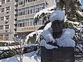 """""""泪流满面""""的汪院士 - Statue of Academician Wang Kunren - 2013.03 - panoramio.jpg"""