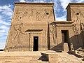 Égypte, Île Agilka, Complexe de Philae, Temple d'Isis, Premier pylône, Détail du côté gauche (49757376218).jpg