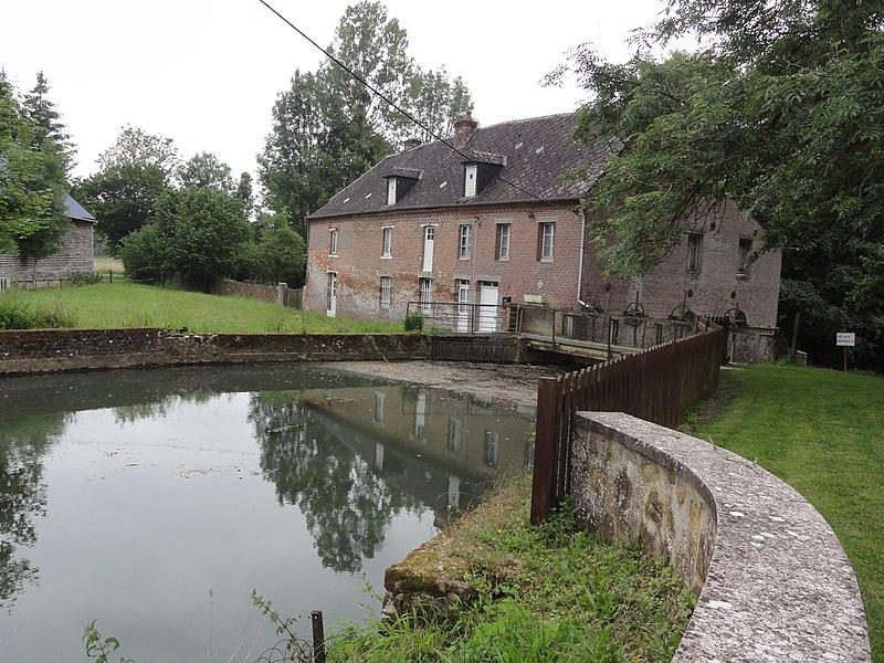 Éparcy (Aisne) moulin sur le Thon (01)