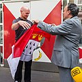 Übergabe Köln-Fahne durch Alexander Gerst-5929.jpg