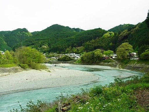 吉野川 吉野町樫尾にて Yoshinogawa in Kashio 2012.5.01 - panoramio