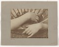 -Hands with Fan- MET DP-13570-002.jpg