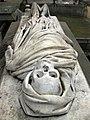 016 Tomba del dr. Farreras i Framis, escultura de Rossend Nobas.jpg