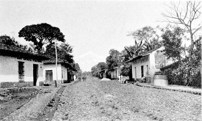 03a-Street View-Cordova-Showing Peak of Orizaba.png