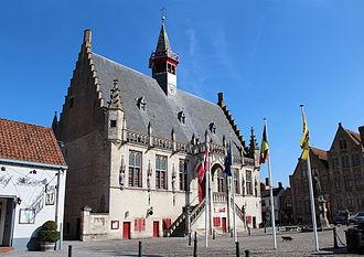 Damme - Image: 0 Damme Stadhuis (1)