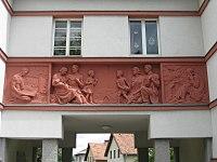 1160 Johann Staud-Straße 12 - Relief-Supraporte IMG 3186.jpg