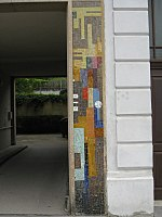 1160 Mildeplatz 7 - Tormosaik Dekorative Fläche (rechts) von Maximilian Melcher 1959 IMG 2913.jpg