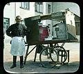 1931. Продавец напитков.jpg