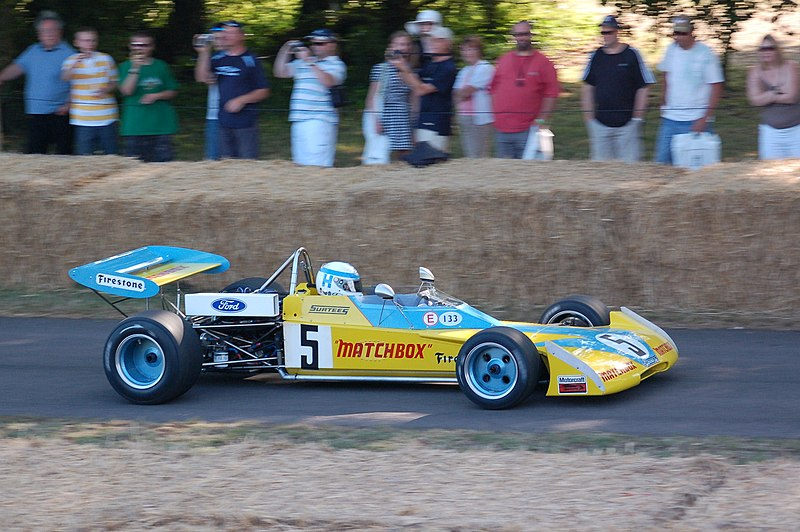 File:1972 Surtees-Hart TS10 Goodwood, 2009.JPG