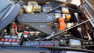 Ferrari Daytona - Engine compartment of a 1973 Ferrari 365 GTB/4 Daytona, USA version