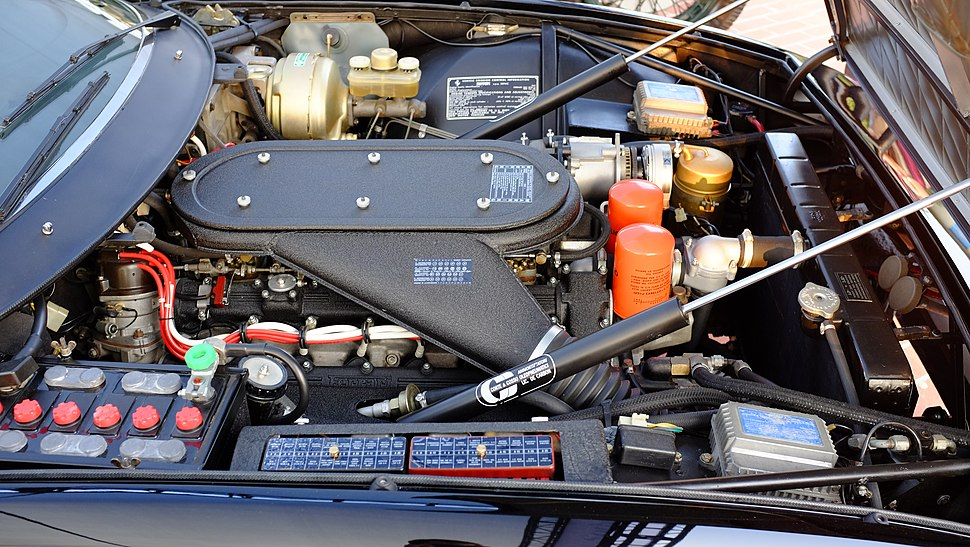 1973 Ferrari 365GTB4 Daytona Engine Compartment