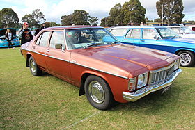 1976-79 HX Kingswood Sedan Cortez==.JPG