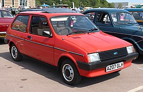 1983 Austin Metro Automatic 1.3 Front.jpg