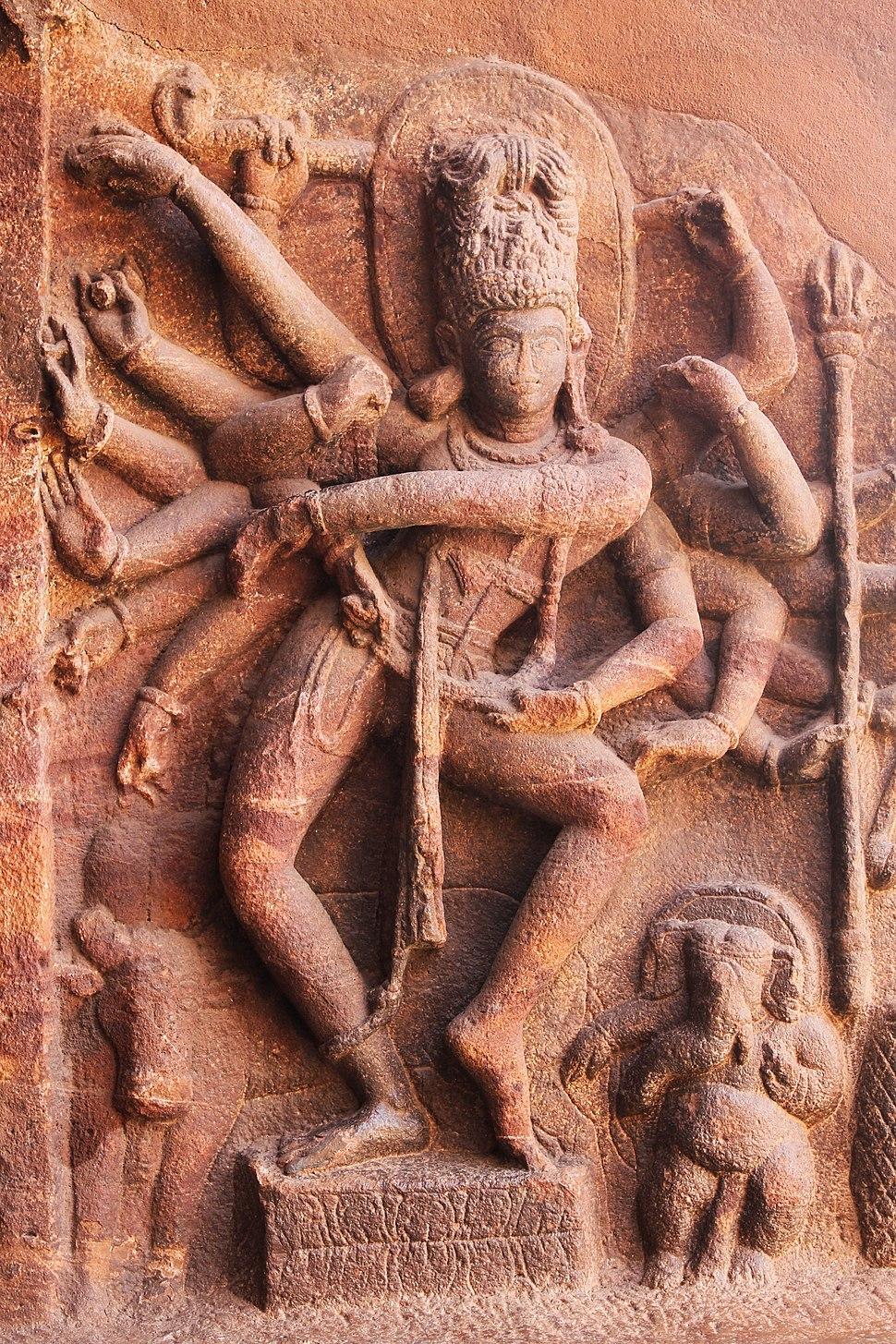 2017 Nataraja Shiva at Badami Hindu temple, Sculpture de Siva