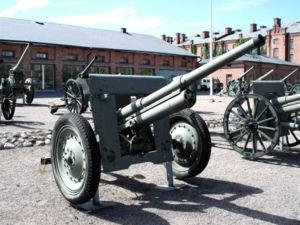 76 mm divisional gun M1902/30 - 76 mm divisional gun M1902/30 in the Artillery Museum of Finland, Hämeenlinna.